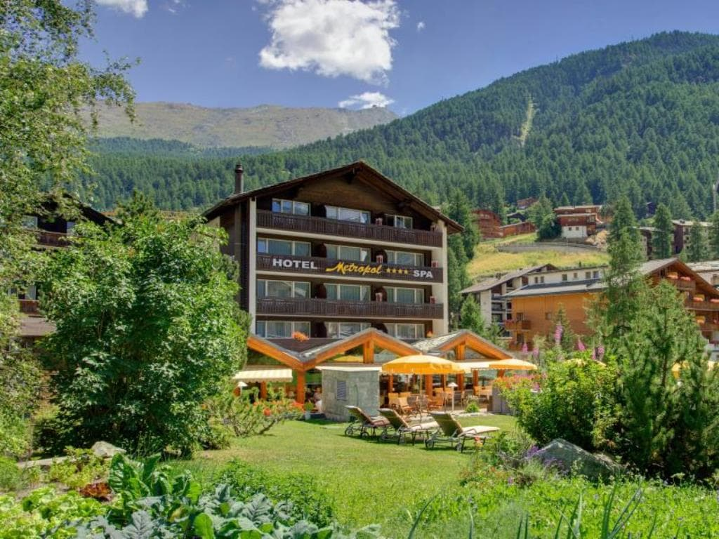 Hotel Metropol and Spa Zermatt im sommer