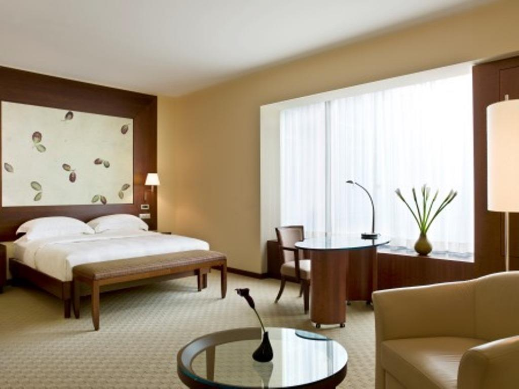 junior suite Park Hyatt Zurich